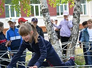 Школа 76. Иркутск. Объекты спорта